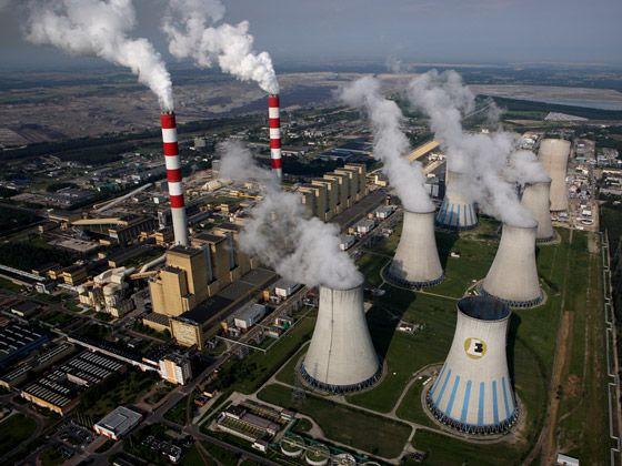 شرکت بهمن گسترش گواهی بهره برداری از نیروگاه اخذ کرد